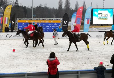 Reklamy pro TAXIS SNOW POLO